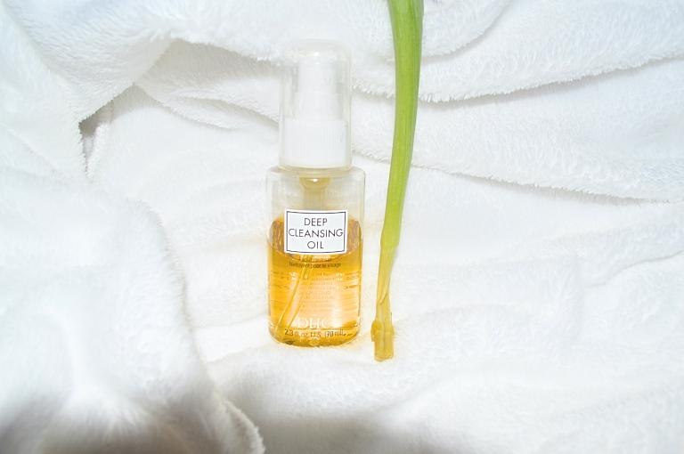 BB Cleansing Oil Flower.jpg