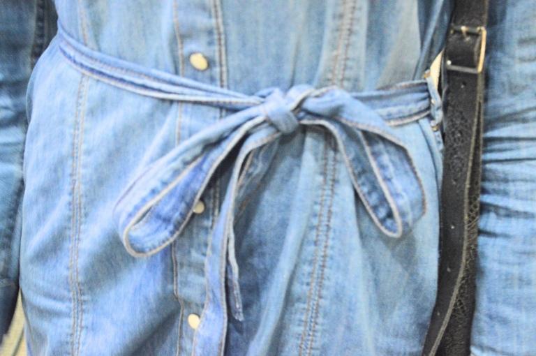 denim-dress-bow