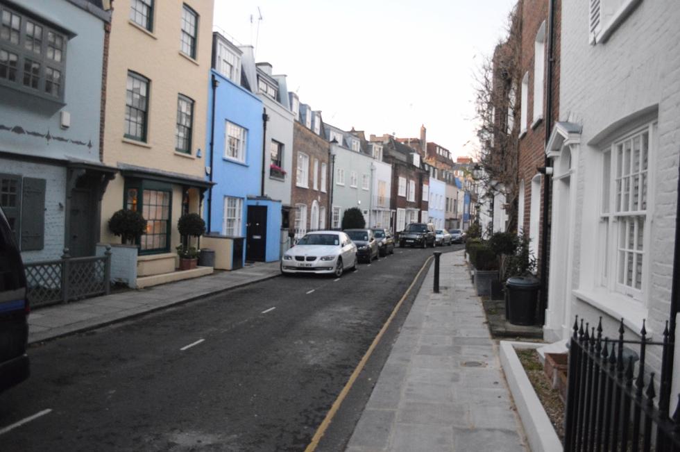 kings-rd-burger-back-street