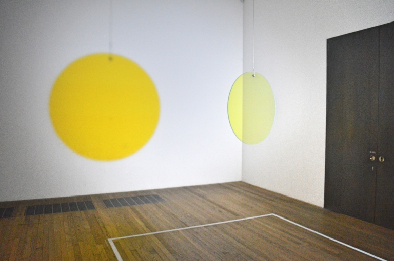 yellow-circle-tate